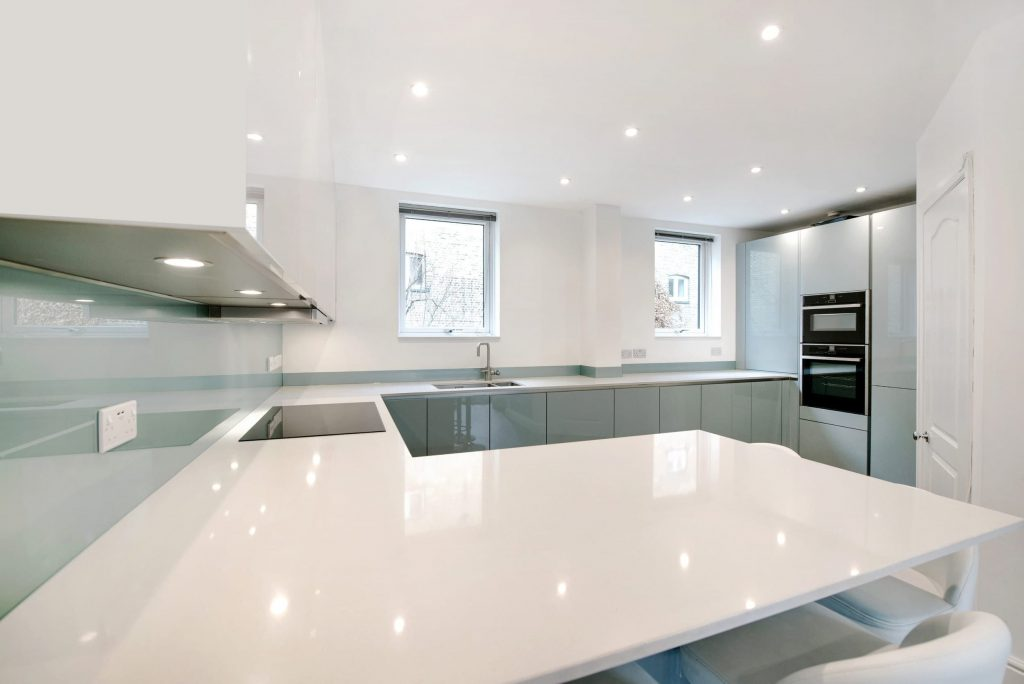 Luna Quarz Kitchen Worktop